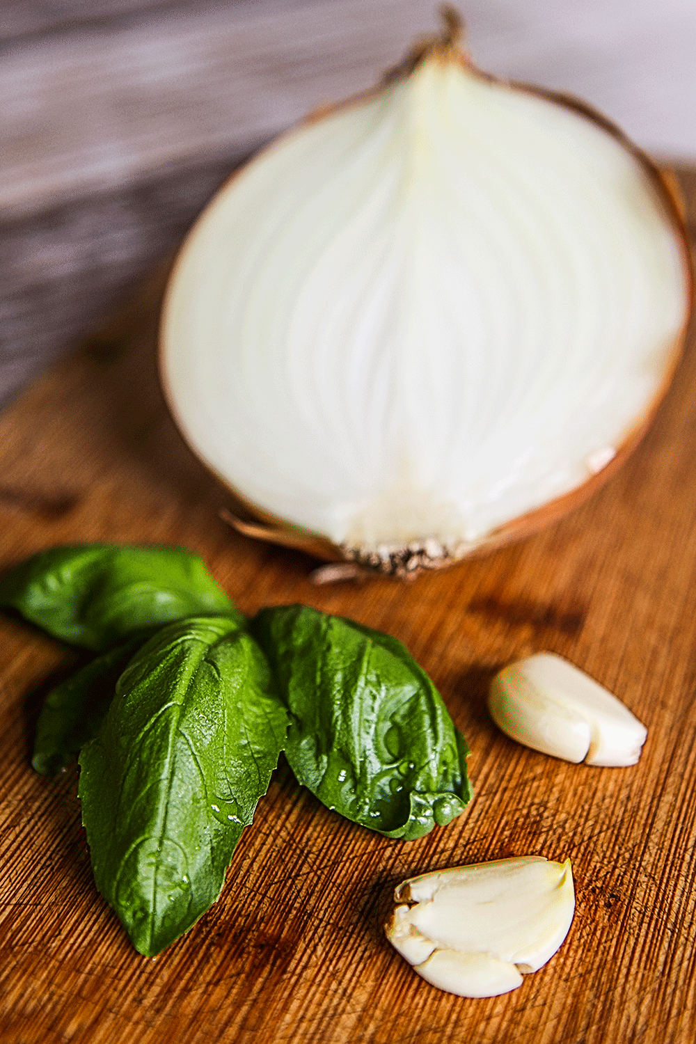 basil garlic onion