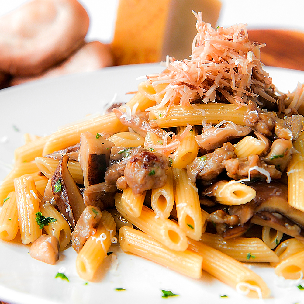 Sausage and mushrooms pasta philosokitchen for Atkins cuisine penne pasta 12 oz 340 g