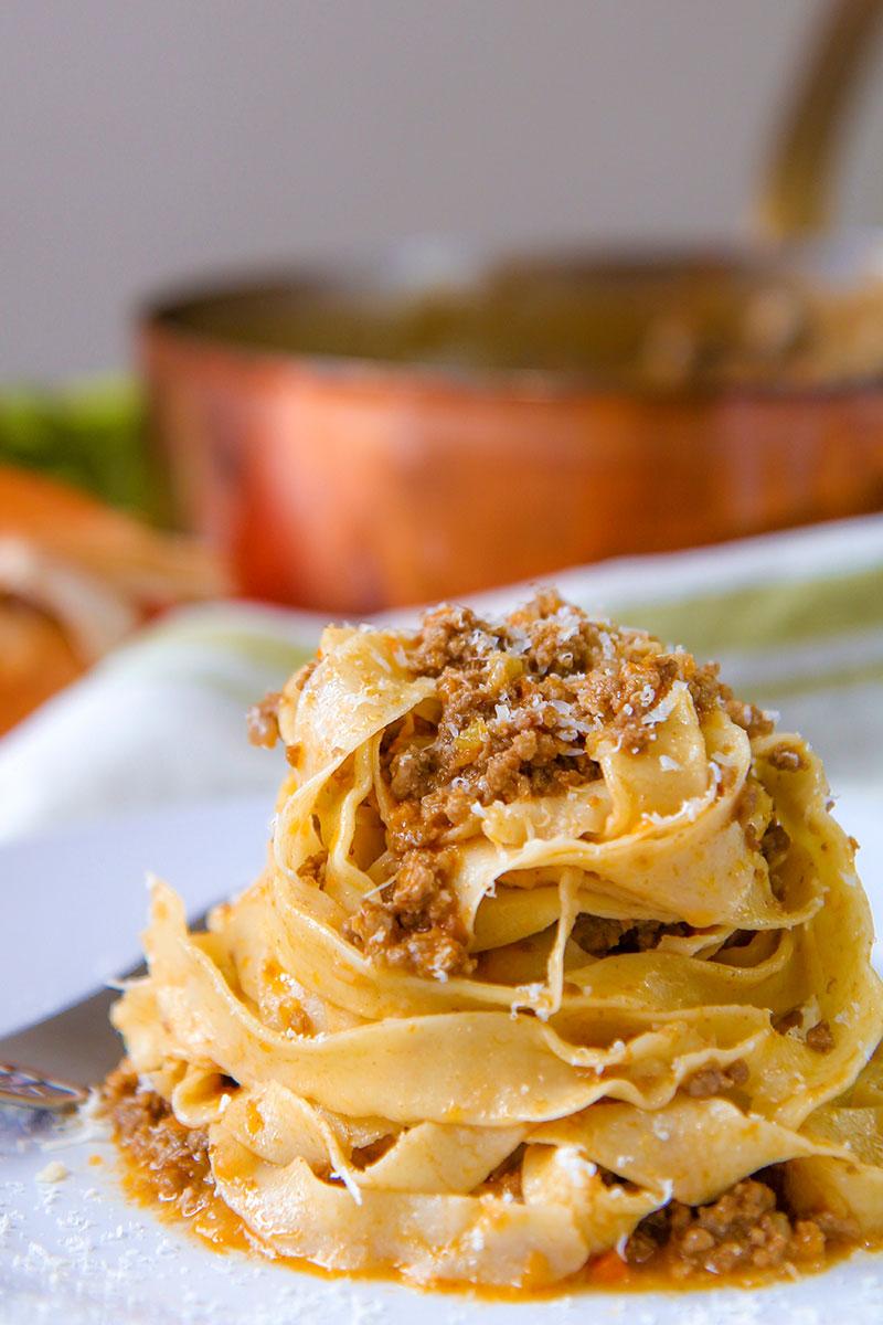 Authentic Ragu Alla Bolognese Recipe And History
