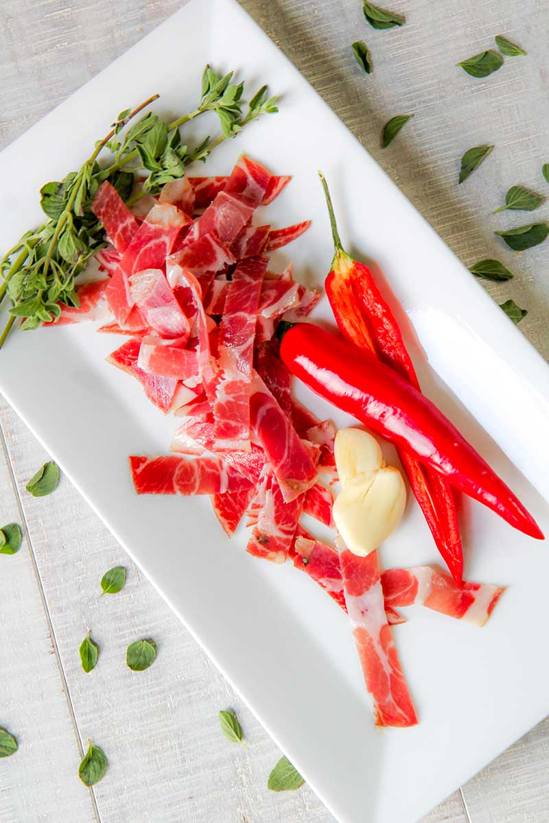 Pasta with capocollo and mini sweet pepper