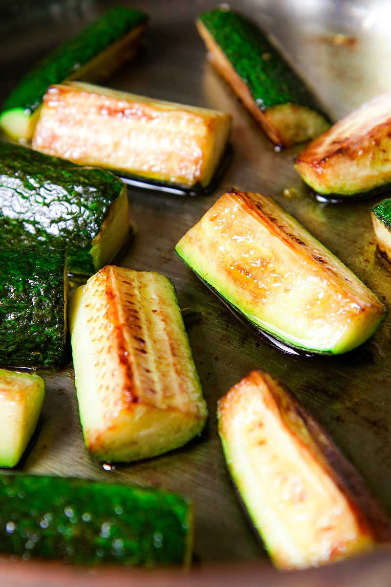 How to fry zucchini with garlic Roasted zucchini with garlic - photos, recipes 76