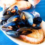 MUSSELS IN WHITE WINE SAUCE Italian recipe (impepata di cozze)