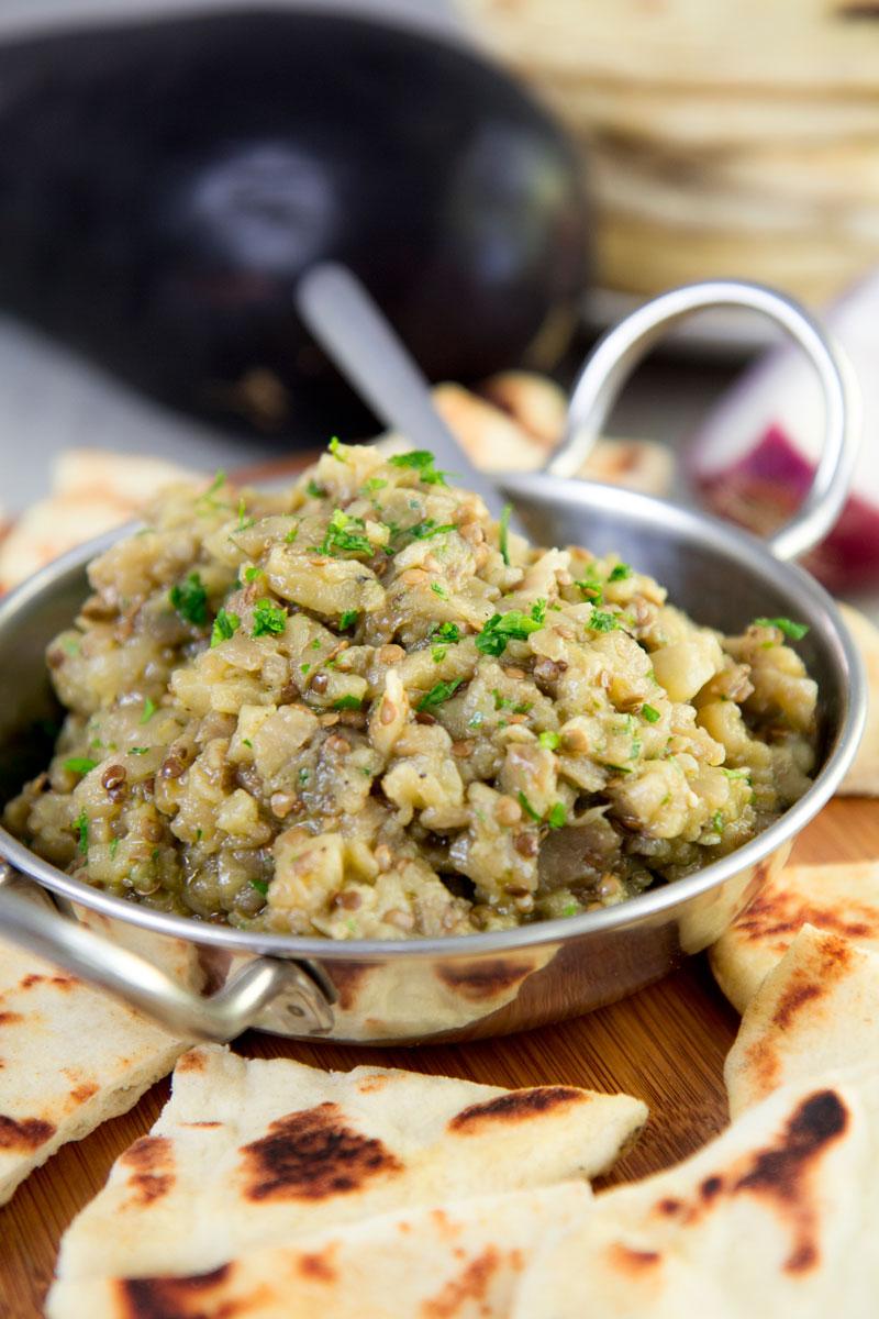 MELITZANOSALATA - traditional Greek eggplant salad recipe