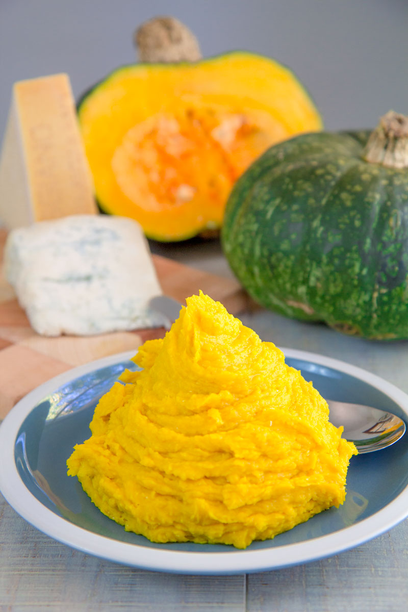 "BUTTERCUP SQUASH ""PUMPKIN"" PUREE with blue cheese"
