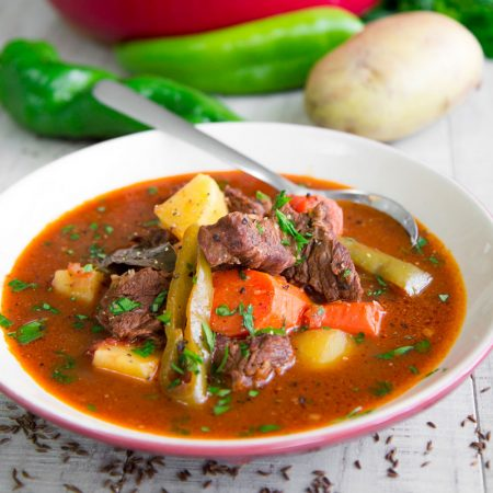 GOULASH RECIPE HUNGARIAN STYLE (Magyar Gulyás) - all you need to know!