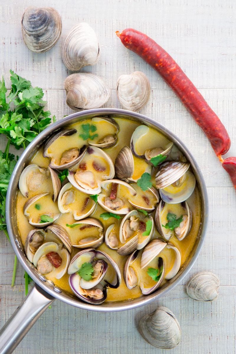 PORTUGUESE CLAMS with Chorizo and white wine sauce
