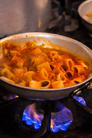 Italian meat sauce rigatoni with ragù barese