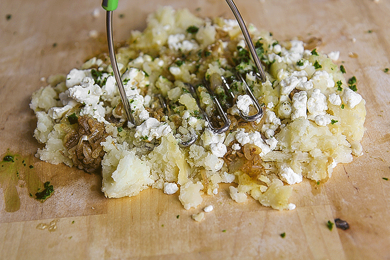 filling stuffed zucchini