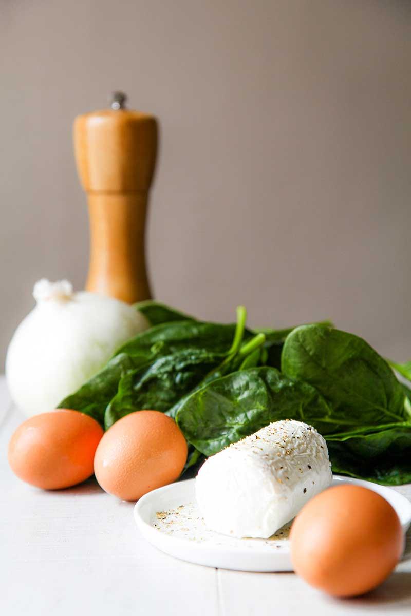 FRITTATA RECIPE with spinach, goat cheese and pecorino crust