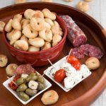 TARALLI RECIPE - Traditional Italian bread snacks for aperitif and party